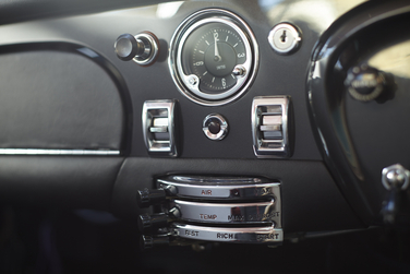 Aston Martin 1964 DB5 dash